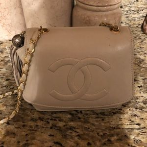 Handbags - Quilted cream bag